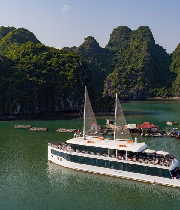 Jade Sails Halong overview