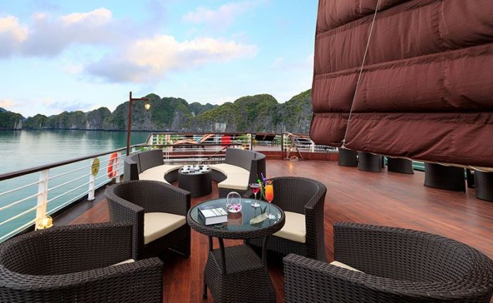sundeck orchid cruise halong bay