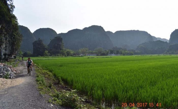 biking in tam coc