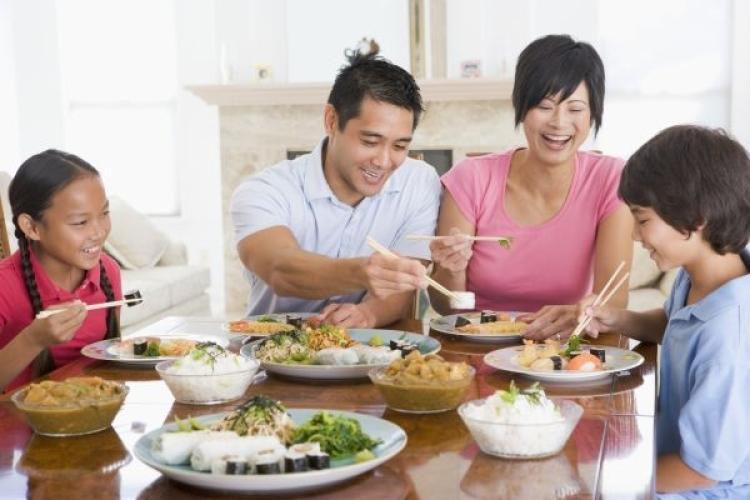 family dinner vietnam