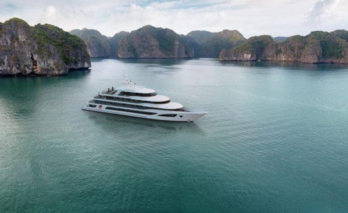 scarlet pearl cruises lan ha bay
